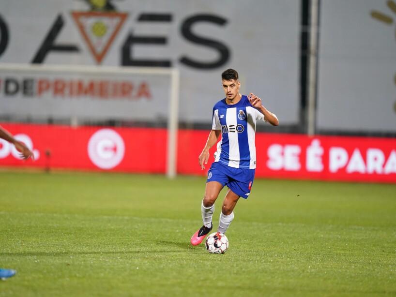 Aves vs Porto 2.jpg