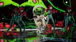 Zombie muestra su destreza en el escenario con 'Andas en mi cabeza'