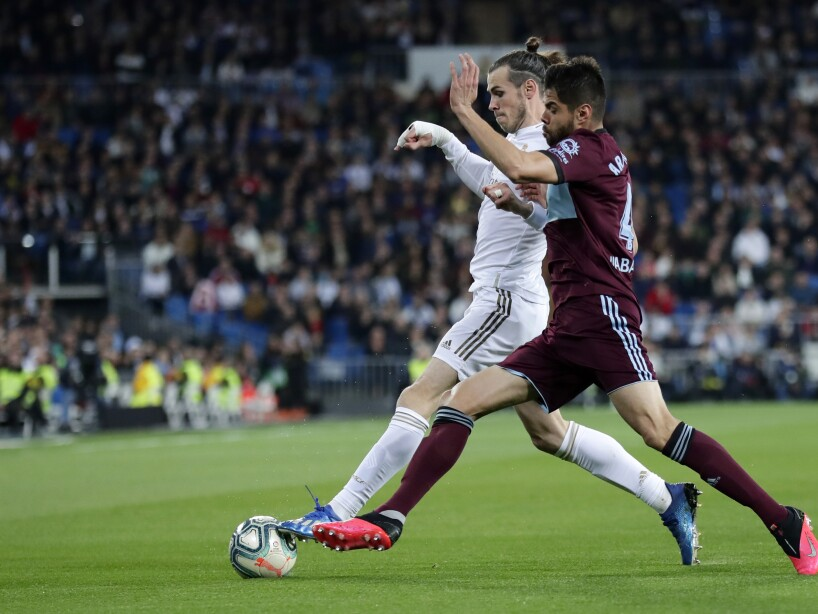 Gareth Bale, Nestor Araujo