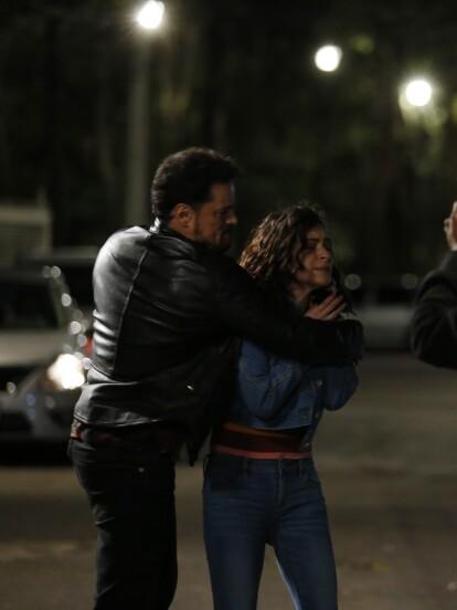 En 'Te doy la vida', 'Modesto' llevó a 'Rosa' a casa de 'Samuel' para cobrar venganza.