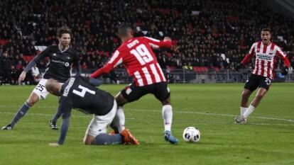 Con goles de Pal André Helland por parte del Rosenborg y Mohammed Ihattaren por parte del PSV, ambos equipos se despiden de la UEFA Europa League.