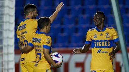 Tigres le sacó tres puntos del Volcán al Atlético San Luis   Los felinos avasallaron a los rojiblancos en el Volcán y se acercan a los cuatro primeros lugares del certamen.