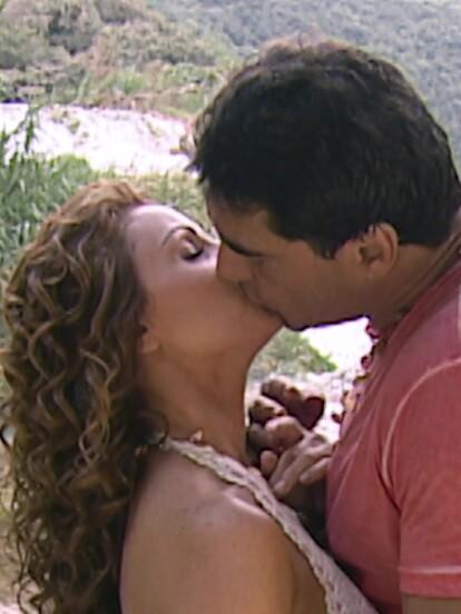 'Destilando Amor' es una telenovela protagonizada por Angélica Rivera y Eduardo Yáñez que se retransmitió por Las Estrellas. Tras su gran final este 14 de agosto a las 4:30 de la tarde, recopilamos 10 lecciones que nos enseñaron 'Gaviota' y 'Rodrigo Montalvo'.