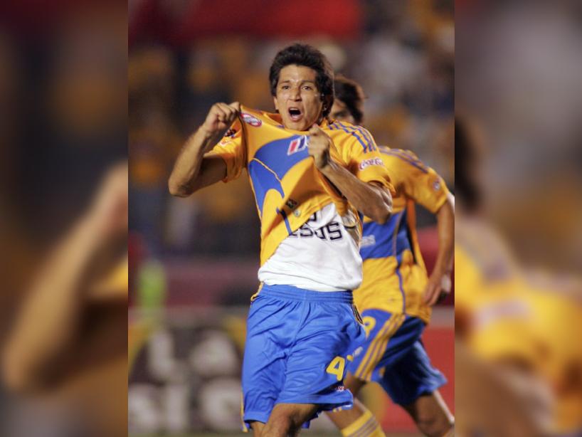 Jesús Molina, 2, Tigres.png