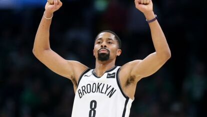 Los Brooklyn Nets vencen a los Chicago Bulls 110-107 con 24 puntos Spencer Dinwiddie.