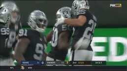 ¡Balón INTERCEPTADO por Raiders!