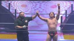 ¡Defiende lo suyo! Niebla Roja retiene el título frente a Felino
