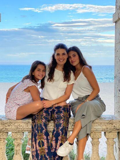 Mayrín Villanueva ('Silvita') tiene tres hijos, dos de ellas son Romina y Julia.