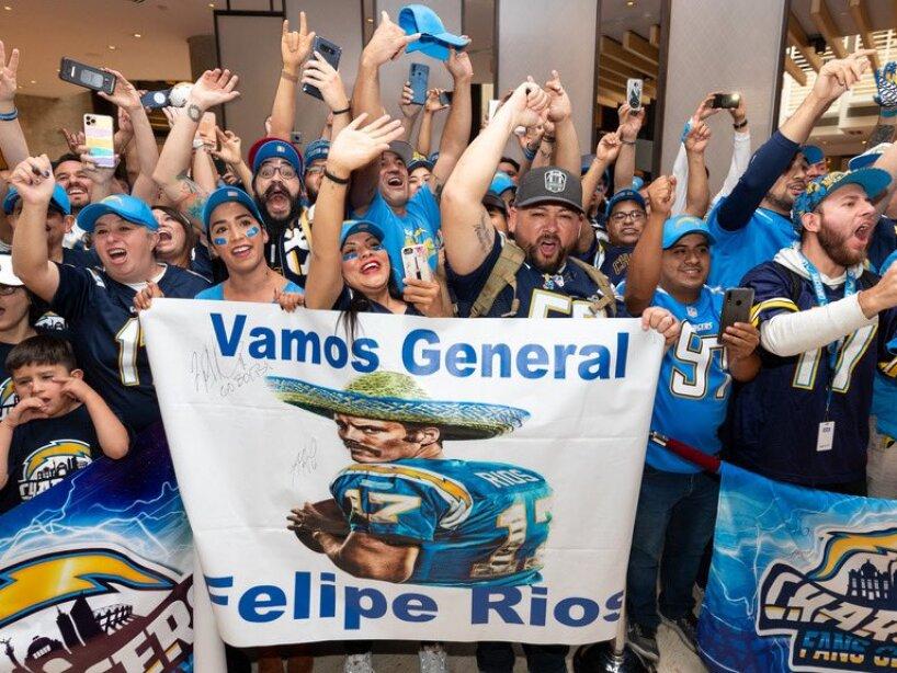 NFL en México, Chargers, 2.jpg