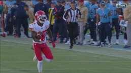 ¡Que alguien detenga a Hardman! Touchdown para los Chiefs.