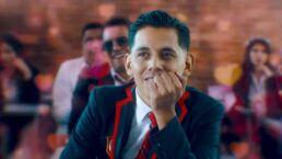 Tras revelar que es gay, vocalista de 'Grupo Firme' impacta con nuevo video con uniforme de 'Élite' y canción de OV7