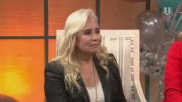 Carla Estrada, orgullosa por el desarrollo de su hijo Carlos López Estrada