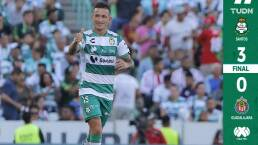 Chivas se fue goleado del Estadio Corona y empieza con el pie izquierdo su lucha por la permanencia