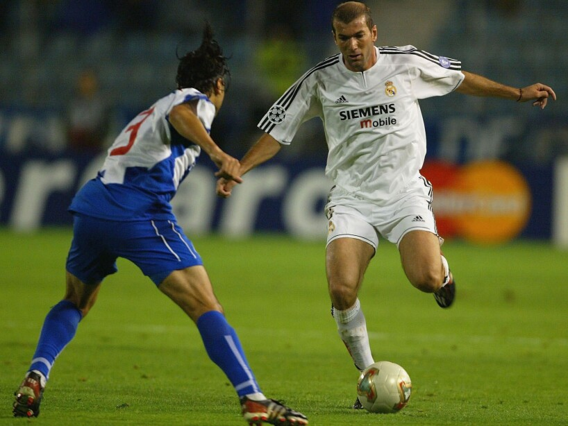 Zidane takes on Pedro Emanuel