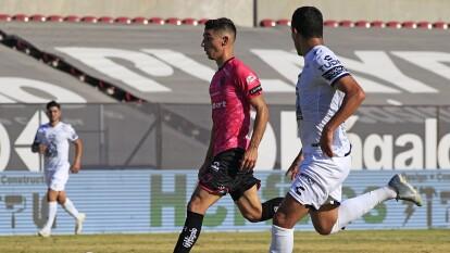 Pachuca y Bravos dividen puntos en la frontera al no romper el 1-1.
