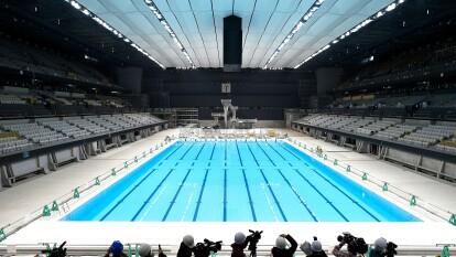 El día de hoy se abrieron las puertas a la prensa para dar a conocer los avances del complejo olímpico de natación, la Arena Ariake, que tiene capacidad para 15,000 espectadores y lo mejor en tecnología.