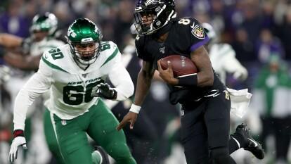 Ravens se imponen con autoridad 42-21 a New York Jets y aseguran su presencia en Playoffs.