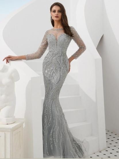 1e136f6c9 Ideas para vestidos de graduación que son tendencia en 2019 ...