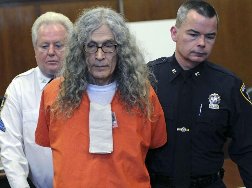 Rodney Alcala. Asesino con una mente brillante, su IQ era de 160 y fue capaz de a matar a 130 mujeres.