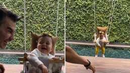Emily, hija de Adrián Uribe, enternece con su adorable sonrisa mientras la columpian