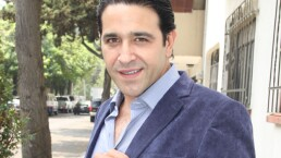 """ENTREVISTA: Ricardo Guerra defiende a los hombres """"experimentados"""" que salen con chiquillas"""