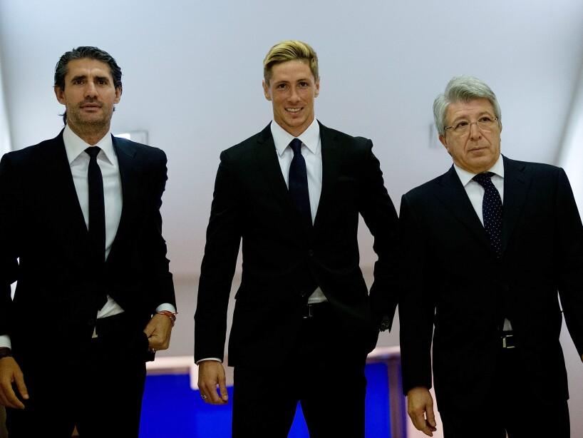 Club Atletico de Madrid Present New Signing Fernando Torres