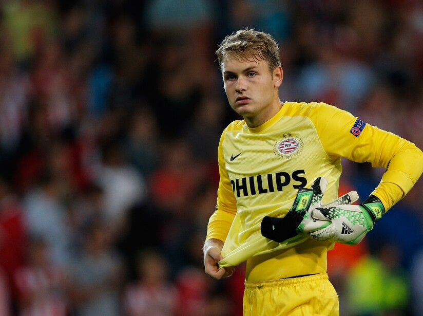 PSV Eindhoven v AC Milan - UEFA Champions League Play-offs: First Leg