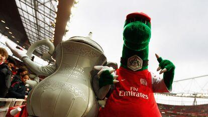 El Arsenal despide a 'Gunnersaurus'