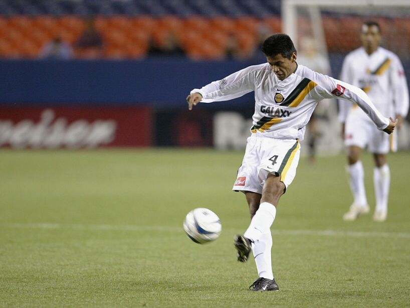 Jose Retiz kicks the ball