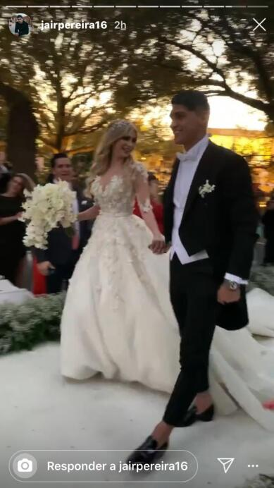 Alan Pulido, boda 10.jpeg
