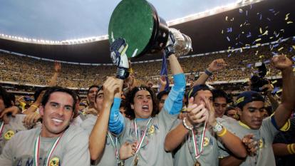 - América y Tecos disputaron hace 15 años la Final con más goles en la historia de los torneos cortos.<br>- Guillermo Ochoa se proclamó campeón tras un año de haber debutado. Gran recuerdo para el guardameta azulcrema, hoy referente del equipo.</br>