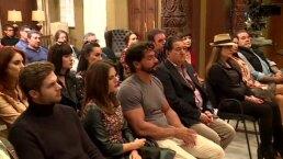 Elenco de En tierras salvajes celebra misa de inicio de grabaciones