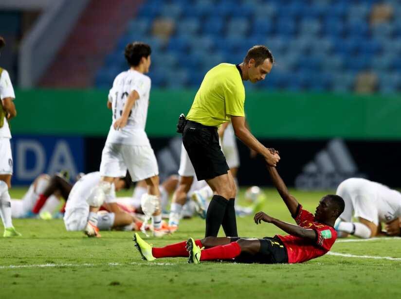 Angola cae ante Corea del Sur por la mínima y Holanda vence 3-1 a Nigeria.