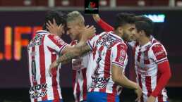 ¿El tridente ofensivo de Chivas se enracha de cara al Clásico?
