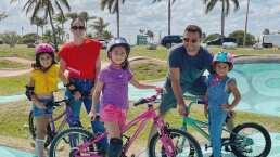 Jacky Bracamontes presume la divertida forma en que sus hijas no se despegan de su papá cuando salen en familia