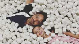 Entre bromas y juegos, así viven Eugenio Derbez y su hija Aitana sus días de cuarentena