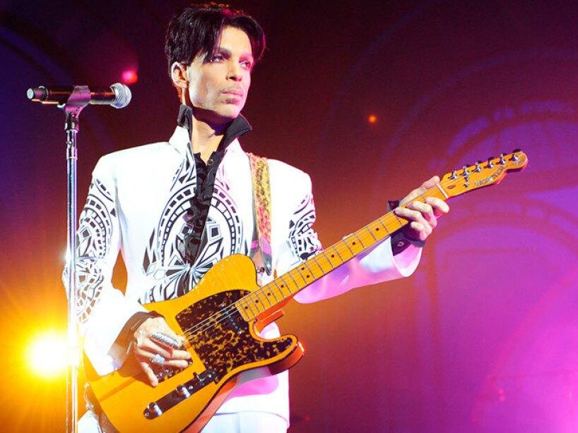 El cantante, compositor, productor y multiinstrumentista Prince.