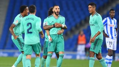 Sergio Ramos y Karim Benzema le dieron la victoria 1-2 al Real Madrid y asumen el liderato tras llegar a 65 unidades igualando al Barcelona, pero con mejor diferencia de goles.