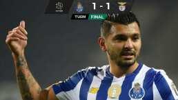La espectacular asistencia de Tecatito Corona contra Benfica
