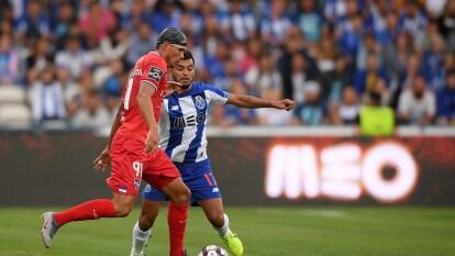 Empezó con el pie izquierdo el Porto de Jesús Manuel Corona y Agustín Marchesín.
