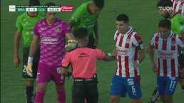 Gran atajada de Rodríguez y Molina se rifa el físico
