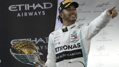 Lewis Hamilton es el primer piloto de la historia de la Formula 1 en liderar 19 Grandes Premios en una temporada. Nico Hulkenberg se retira de la Fórmula 1 y Hamilton comparte podio con Verstappen y Charles Leclerc.