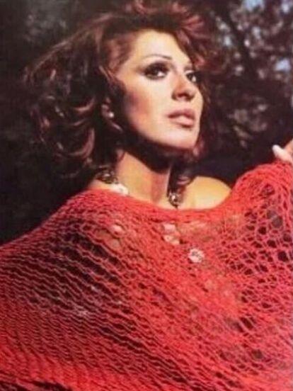La actriz alcanzó la fama en 1970 y cinco años después, se casó con el que sería el padre de sus dos hijos, José José. En la actualidad, tiene un segmento en el programa 'Hoy'.