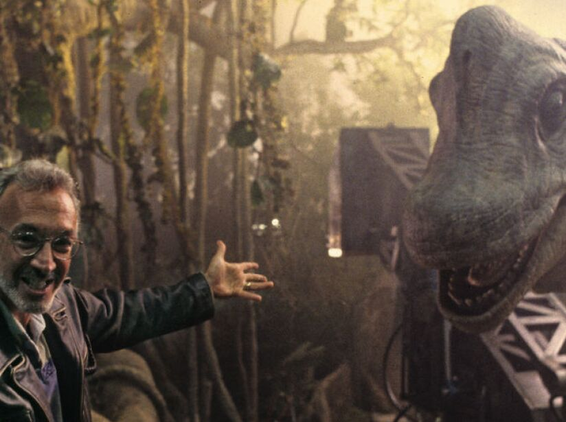 En 1993, la atención de Winston se centró en los dinosaurios de Steven Spielberg en Parque Jurásico.