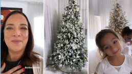 Alaïa, hija de Adamari López, da brincos de emoción al ver su espectacular árbol de navidad