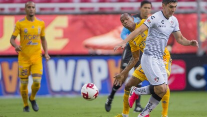 Con todo y empate, los Tigres aseguran su lugar en las semifinales de la Copa GNP por México.