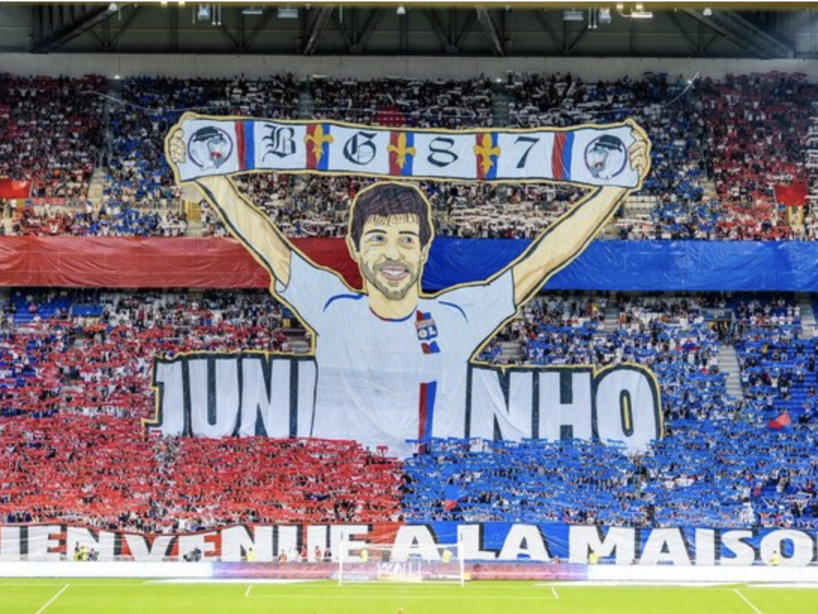 Lyon Angers Juninho Pernambucano.png