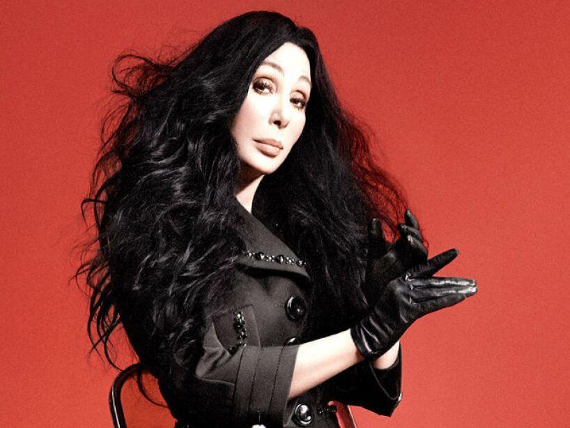 5. Cher: En 2013, la cantante dijo que el fantasma de su ex esposo, Sonny Bono, le solía jugar bromas.