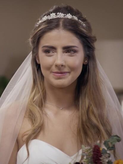 'Valeria' sorprendió a todos sus seres queridos al lucir guapísima en su vestido de novia para casarse con 'Mateo' en el gran final de 'Quererlo Todo'.