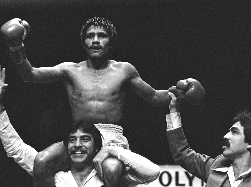 Lupe Pintor vs Johnny Owen